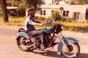 1980 c. Bill on Blue Bitch grinnin' like a fool! 8.5 x 13'' a